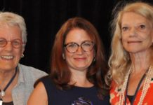 JMWH Editor-in-chief Frances Likis (center) receives the Nursing Journal Hall of Fame Award.