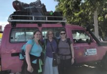 Photo of Cassy Zinke, Barbara Floyd, Caroline Barrett arriving in Haiti